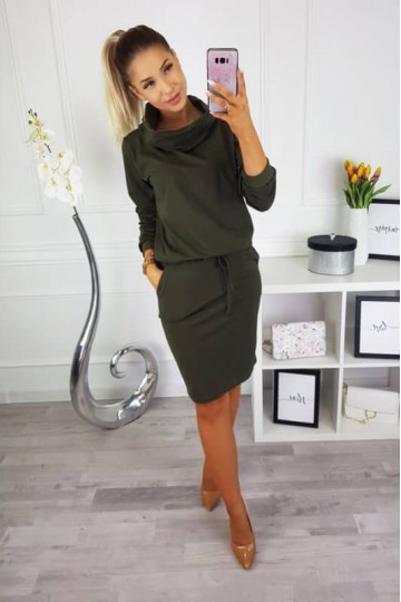 Skylar - Round neck pocket dress